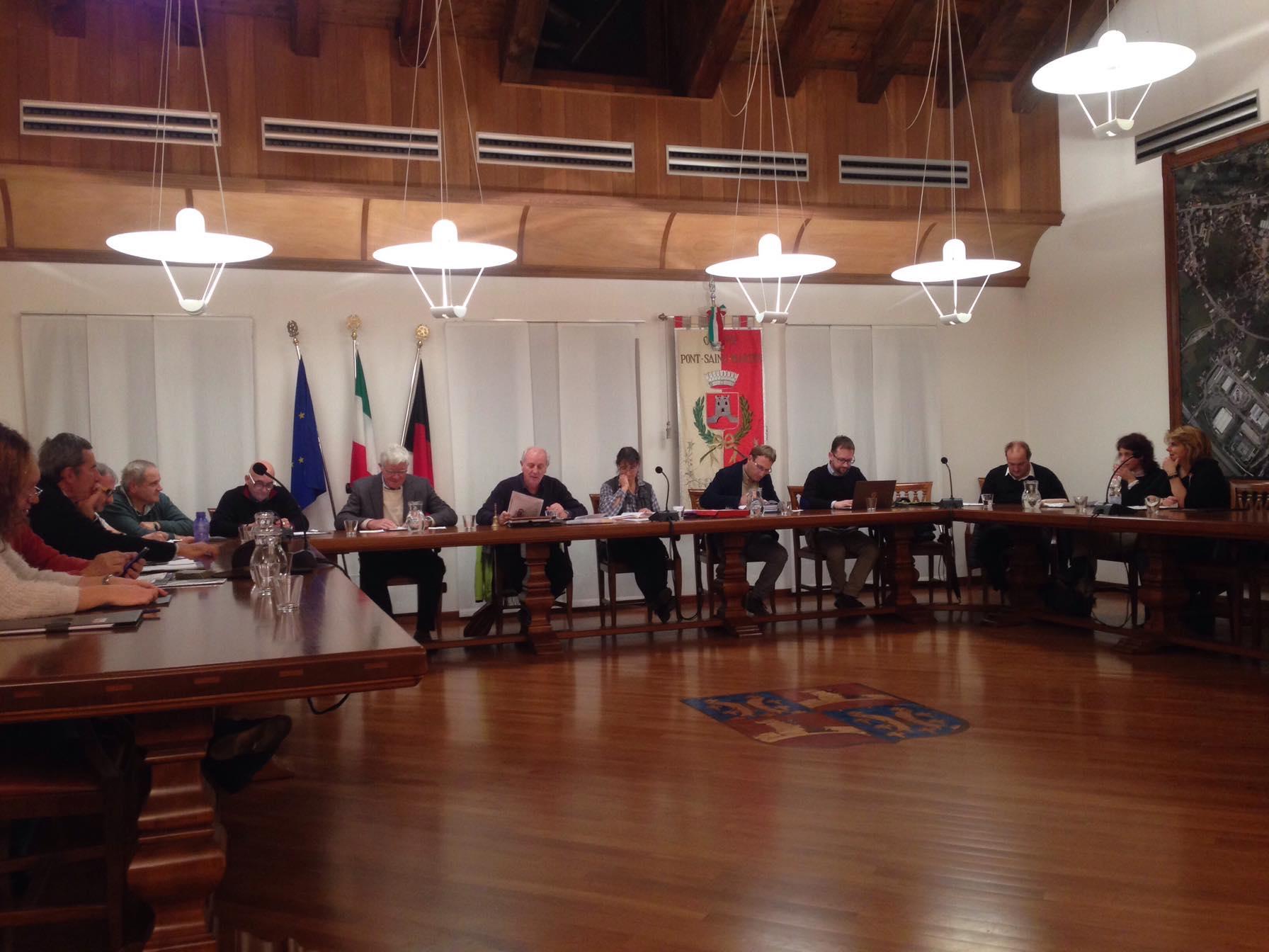 Consiglio comunale a Pont-Saint-Martin il 7 novembre 2019 - Bobine.tv