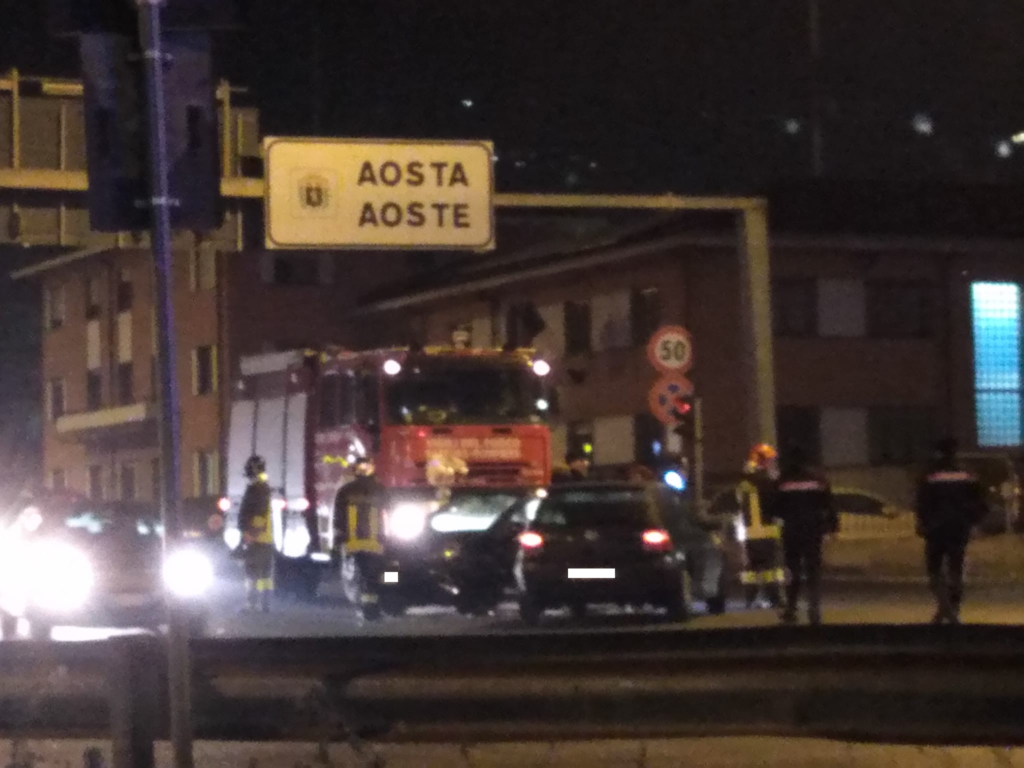 Incidente stradale alle porte di Aosta